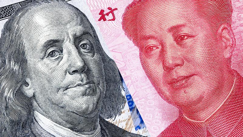 ЦБ потерял на уходе из доллара в юань почти $10 млрд